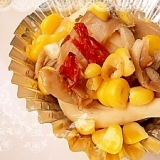 コーンと平茸のピリ辛ニンニク炒め