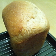 ふわふわ~ヘルシー香ばしい全粒粉食パン♪