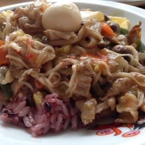 黒米で中華丼