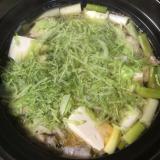 鴨だし鍋スープで鶏鍋