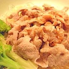 豚肉と葛きりの中華冷しゃぶ風