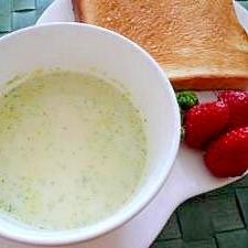ヘルシー♪ブロッコリーと豆乳のスープ