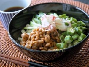 オクラと納豆のネバネバ冷製うどん