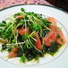 イタリア~ンなわかめとトマトのサラダ