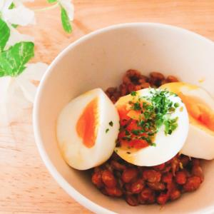 半熟ゆで卵のせ鰹節納豆✧˖°