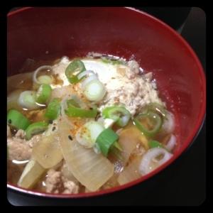 めんつゆで楽々★半熟たまごがとろ~り肉豆腐