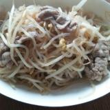 ダイエットレシピ!糸こんともやし、豚肉の炒め物