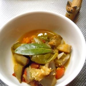 たっぷり万願寺唐辛子と夏野菜のラタトゥイユ