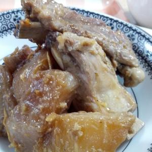 中国的な大根と豚スペアリブの炒め煮