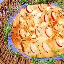 減塩☆リンゴとチーズのフォカッチャ