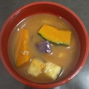 なすとかぼちゃの味噌汁