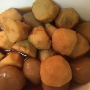 玉こんにゃくと里芋の煮物