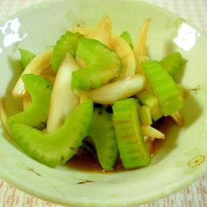 ☆簡単さっぱり、セロリと玉ねぎの酢しょう油漬け☆