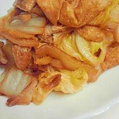 白菜と油揚げの炒め物