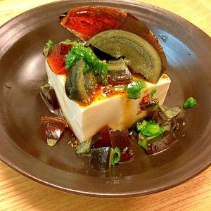ピリ辛ごま油のピータン豆腐