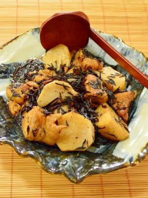 ストウブ鍋で♪鶏肉と里芋とひじきの煮物