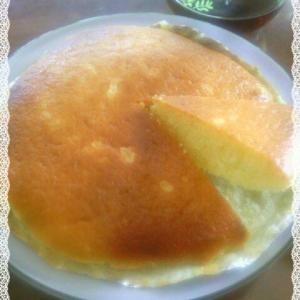 チーズケーキのような味わいベイクドマヨネーズケーキ