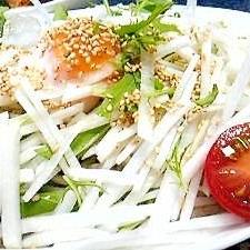 サラダ冷しゃぶ蕎麦