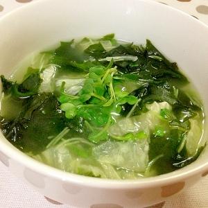 ワカメと白菜スープ