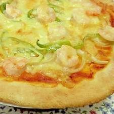 えび入りの手作りピザ