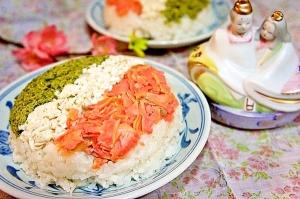 ひな祭り✿お寿司が苦手な子にささげる3色ご飯ケーキ