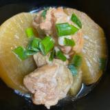 電気圧力鍋で圧力15分。鶏もも肉と大根の煮物