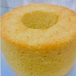 しっとりふわふわなシフォンケーキ
