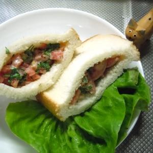 チーズ香る~フレッシュトマトサンド