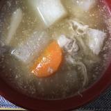 ゴマだれで粕汁風スープ