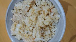 サバ缶で作るサバとトマトの炊き込みご飯