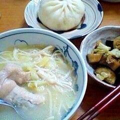 手羽元の韓国風スープ(タッカンマリ)