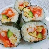 海鮮太巻き寿司