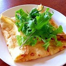 エッグ&チーズのクレープ