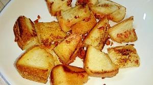 食パンと鮭フレークバタマヨ炒め