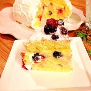 ベリーカスタードのドームケーキ