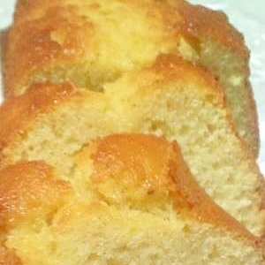 混ぜるだけ!バターを使わない簡単パウンドケーキ