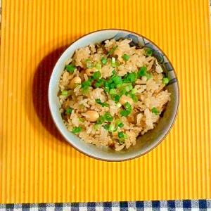 大豆と塩昆布の炊き込みご飯♪