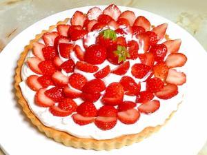 アーモンドクリームベースで!苺のフレッシュタルト♪