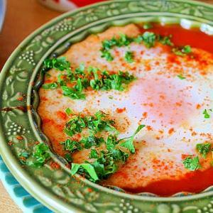 トマトソースのおとし卵