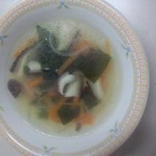 子供が大好き☆中華野菜スープ