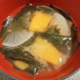 かぼちゃ&大根&ワカメの味噌汁