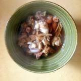つぶ貝の生姜たっぷり麺つゆ煮。