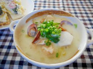 里芋とレタスのミルクシチュー