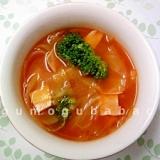 キャベツとハムのトマトスープ