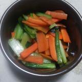 小松菜とにんじんのしょうゆマヨネーズ炒め