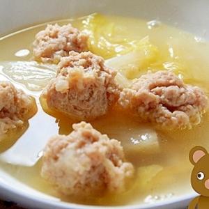 簡単!白菜と鶏団子のスープ