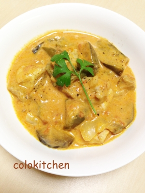 鶏肉のムケッカ(ココナッツミルクトマトソース煮)