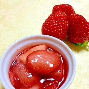 新鮮な苺は食べるいちごジャムに♪