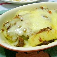 簡単!(/・ω・)/じゃが芋のカレーチーズ焼