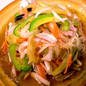 夏野菜と春雨のリンゴ酢サラダ
